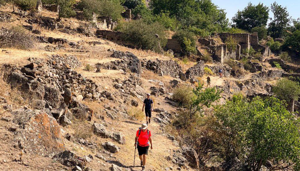 hiking-the-transcaucasian-trail-in-syunik-armenia-11