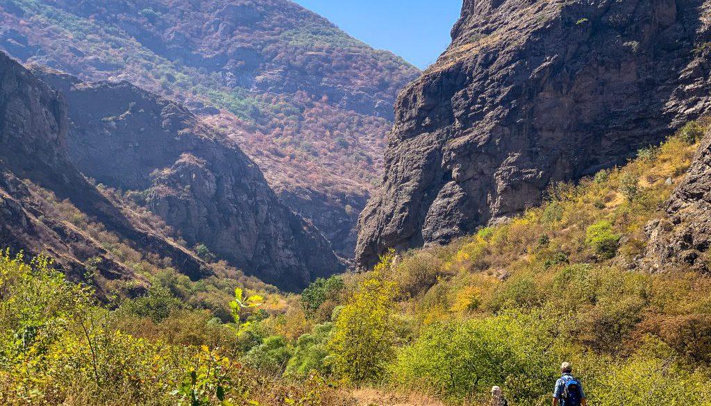 hiking-the-transcaucasian-trail-in-syunik-armenia-12