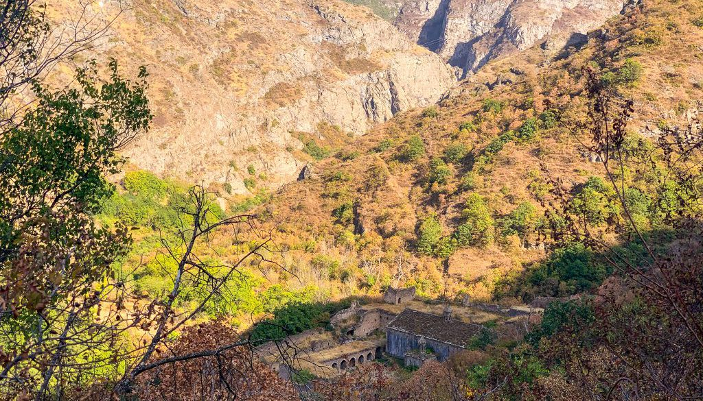 hiking-the-transcaucasian-trail-in-syunik-armenia-14