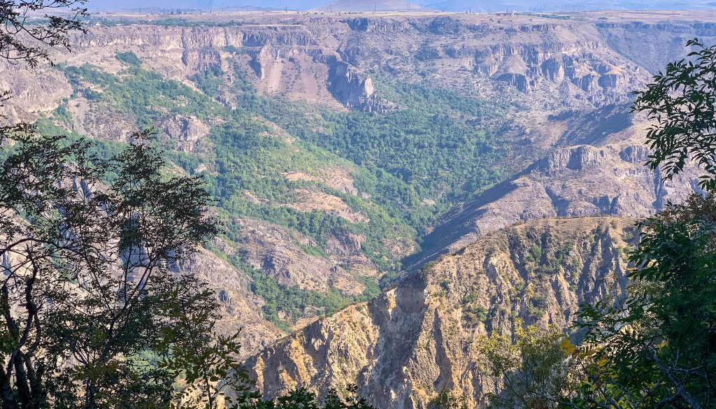 hiking-the-transcaucasian-trail-in-syunik-armenia-20