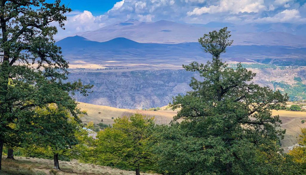 hiking-the-transcaucasian-trail-in-syunik-armenia-21